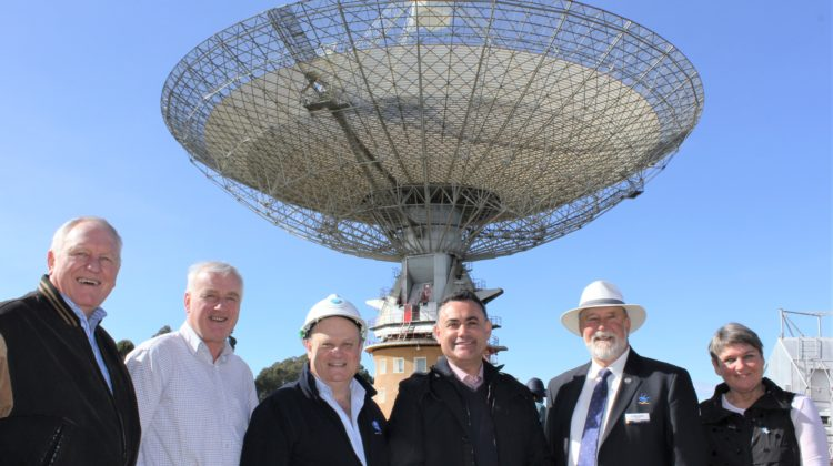 Deputy Premier Joins Parkes For Sunshine And Stars