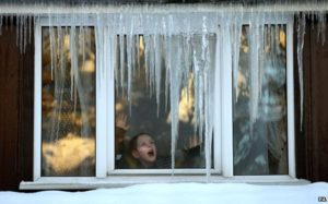 _70826979_pa-frosty-window (660x412)